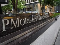 VIDEO: J.P. Morgan to Charge Big Clients Fees on Some Deposits