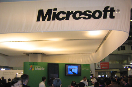 Bill Gates Hails Microsoft (NASDAQ:MSFT) Windows 8, Sprint Nextel (NYSE:S)'s PT Set to $7